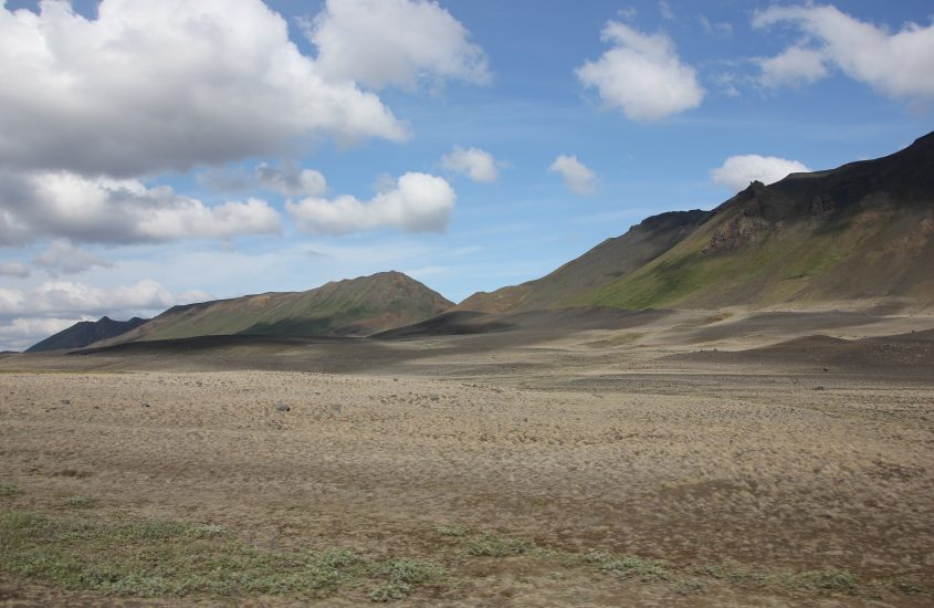 6 day Iceland ROAD TRIP – Day 1 & 2